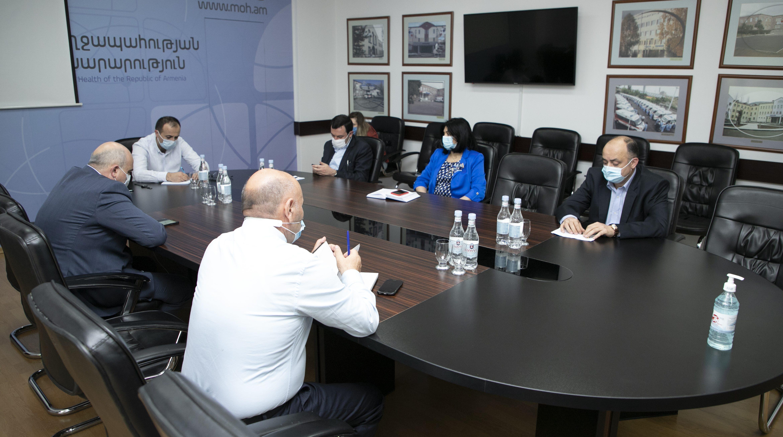 Նախարարը հանդիպել է ՀՎԿԱԿ-ի մասնաճյուղերի տնօրեններին